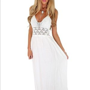 New with tags White Boho Crochet Dress